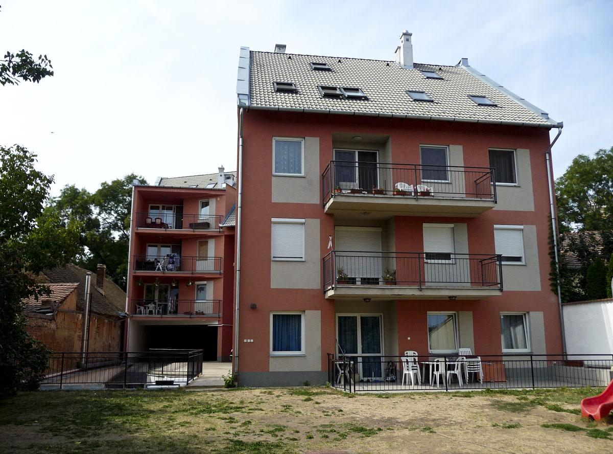 Debrecen Honvéd utca 58.
